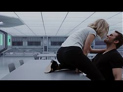 Jennifer Lawrence – Hot Sexy Scenes 4K - Passengers