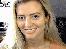 Elyse willems hot