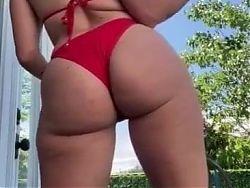 Gabbie Hanna Wants You To Jerk Off To Her Ass