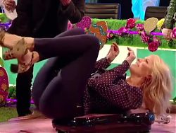 Cum For MILF Holly Willoughby's Sexy Tight Ass On A Wobble Board